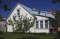 Holiday Cottage  Karja III